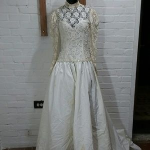 Vtg Bianchi Embroidered Lace Wedding Dress